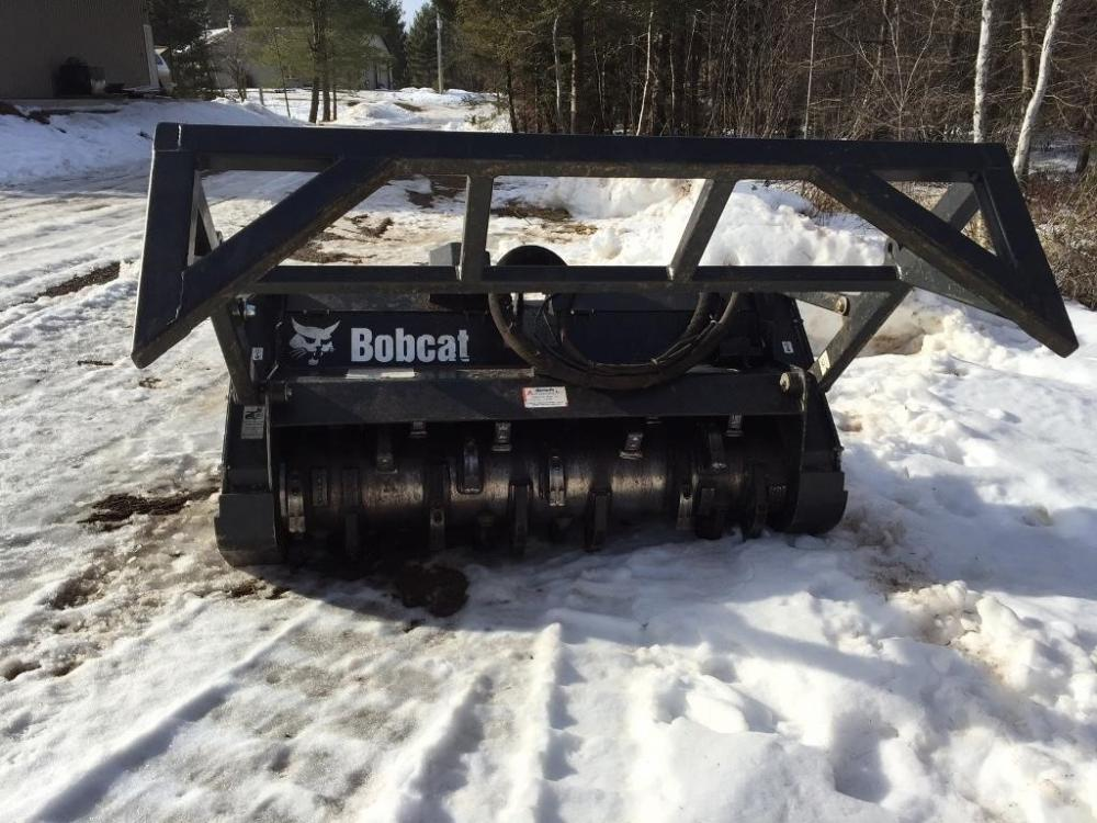 Detail photo of 2015 Bobcat R72S from Construction Equipment Guide