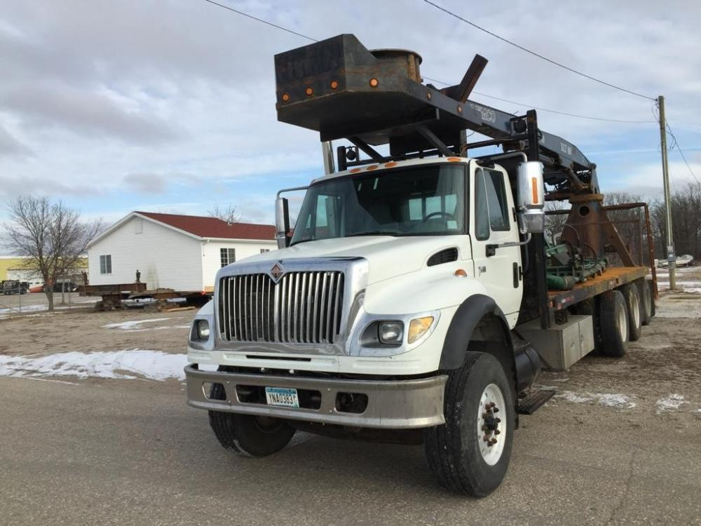 Detail photo of 2006 International 7600 from Construction Equipment Guide