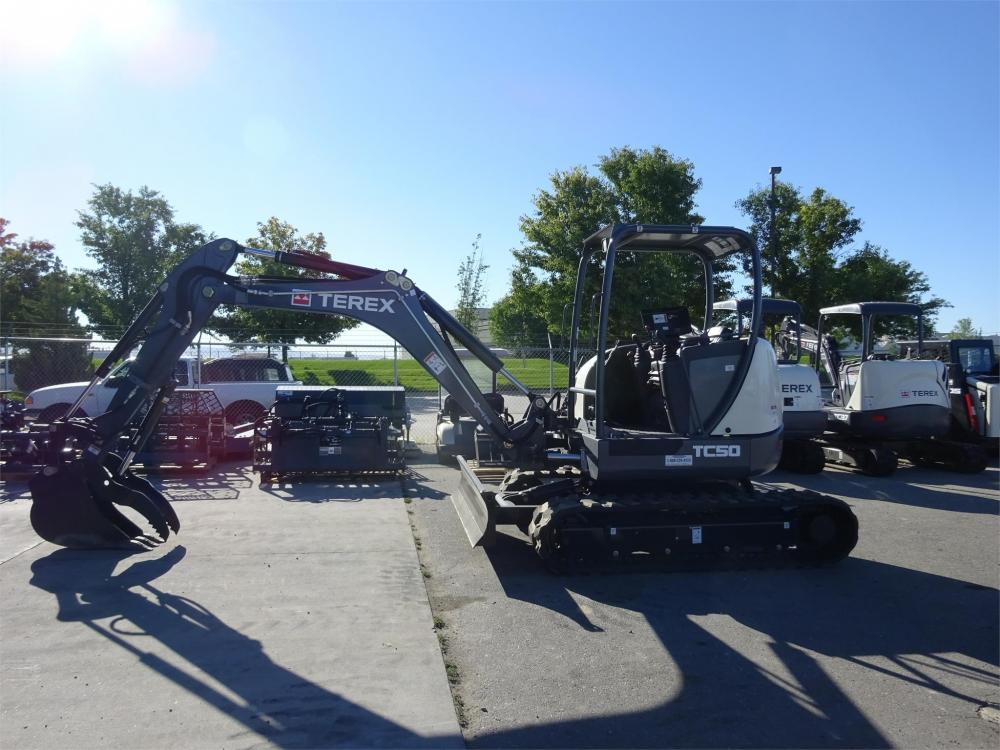 Detail photo of 2015 Terex TC50 from Construction Equipment Guide