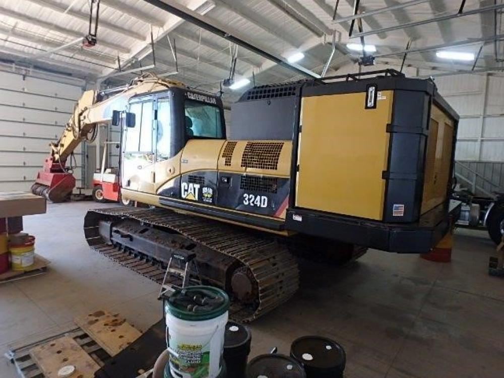 Detail photo of 2008 Caterpillar 324D from Construction Equipment Guide