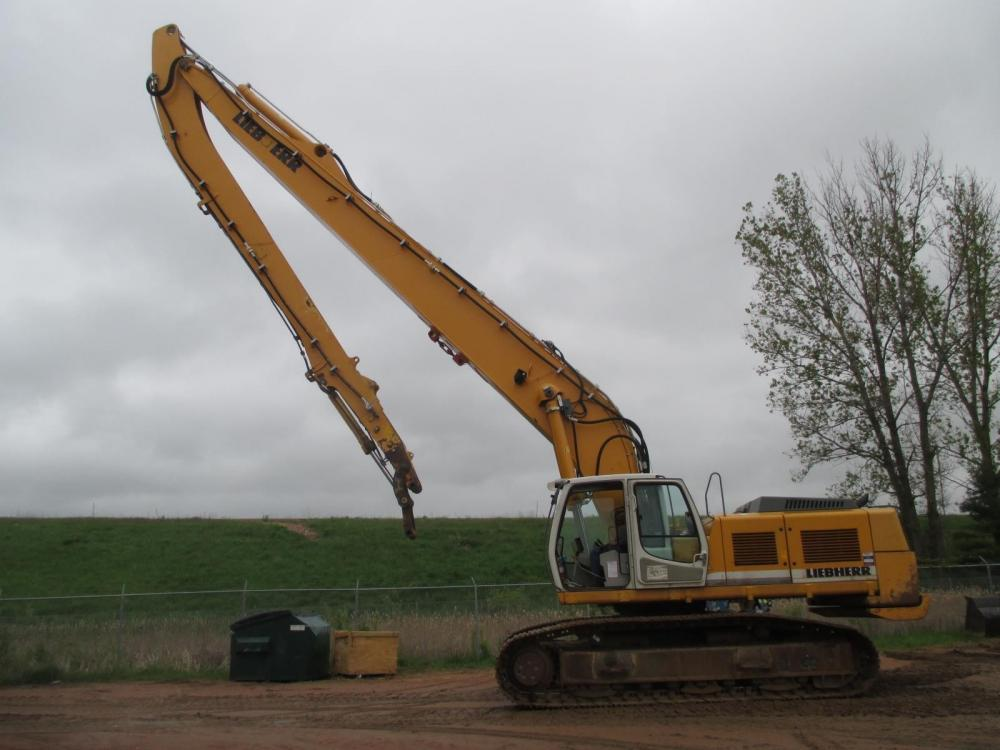Detail photo of  Liebherr R954C from Construction Equipment Guide