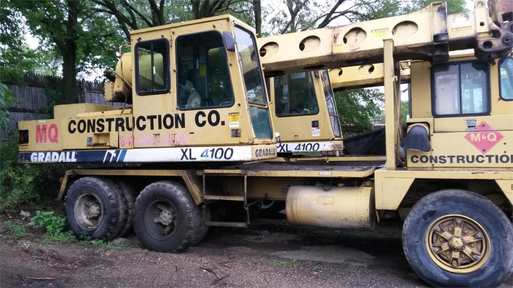 Detail photo of 1995 Gradall XL4100 from Construction Equipment Guide
