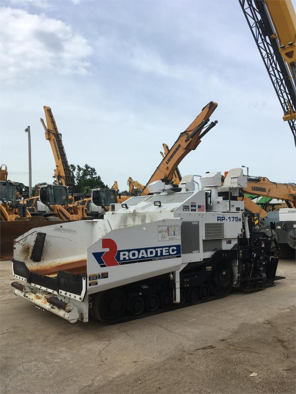 Detail photo of 2016 Roadtec RP-175E from Construction Equipment Guide