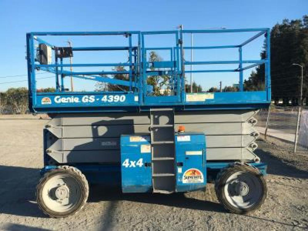 Detail photo of 2008 Genie GS-4390 RT from Construction Equipment Guide
