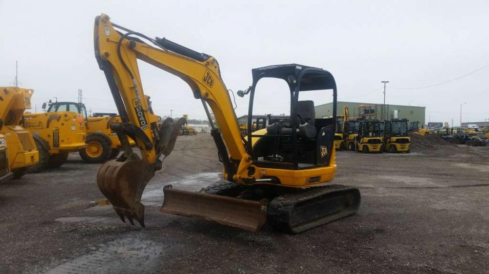 Detail photo of 2010 JCB 8040 from Construction Equipment Guide