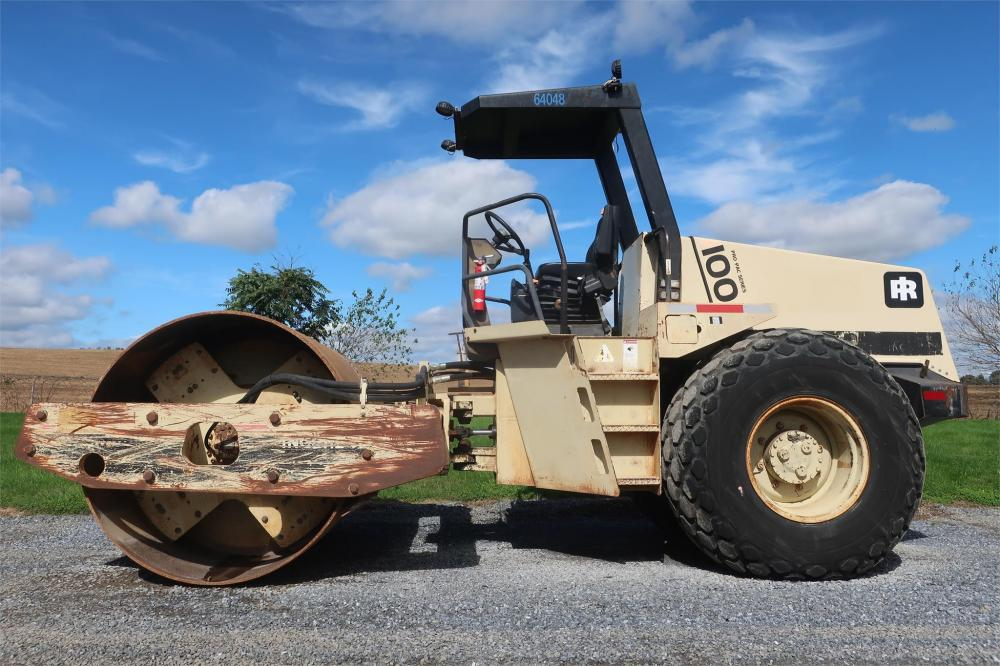 Detail photo of 1993 Ingersoll Rand SD100D from Construction Equipment Guide