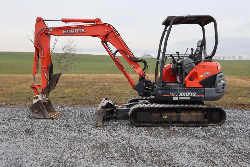 Detail photo of 2012 Kubota KX121-3 from Construction Equipment Guide