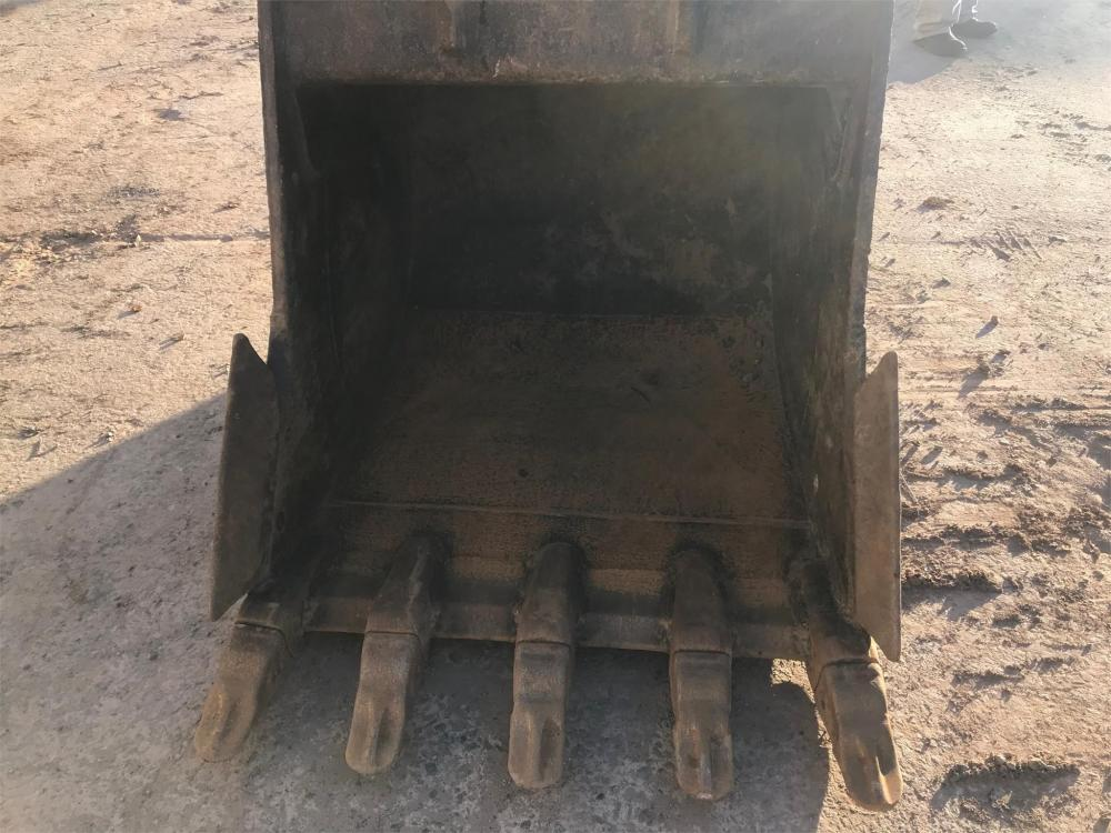 Detail photo of 2017 Werk-Brau CX210 - 42IN. BUCKET from Construction Equipment Guide