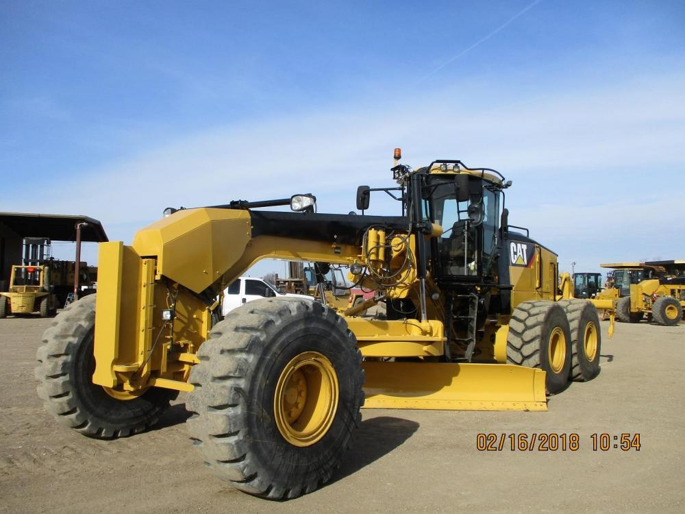Detail photo of 2008 Caterpillar 16M from Construction Equipment Guide
