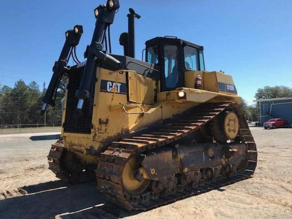 Detail photo of 1998 Caterpillar D10R from Construction Equipment Guide