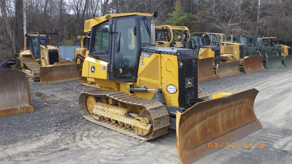 Detail photo of 2014 John Deere 550K from Construction Equipment Guide