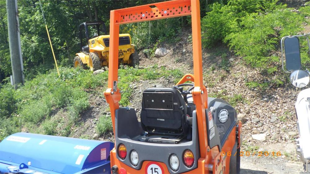 Detail photo of 2008 Hamm HD 10VV from Construction Equipment Guide