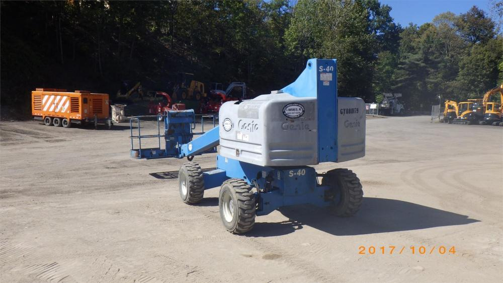 Detail photo of 2008 Genie S-40 from Construction Equipment Guide