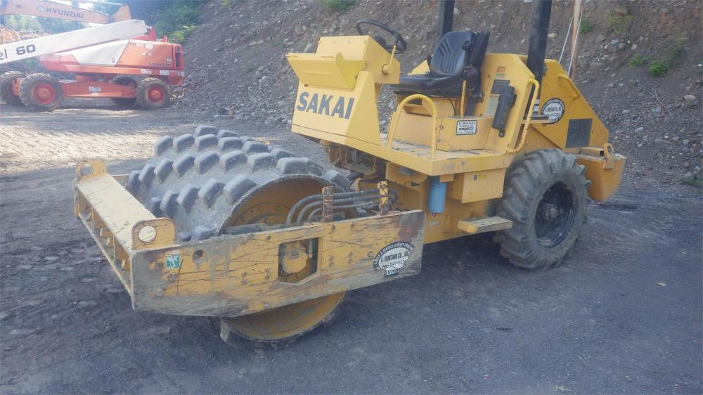 Detail photo of 2006 Sakai SV201T from Construction Equipment Guide