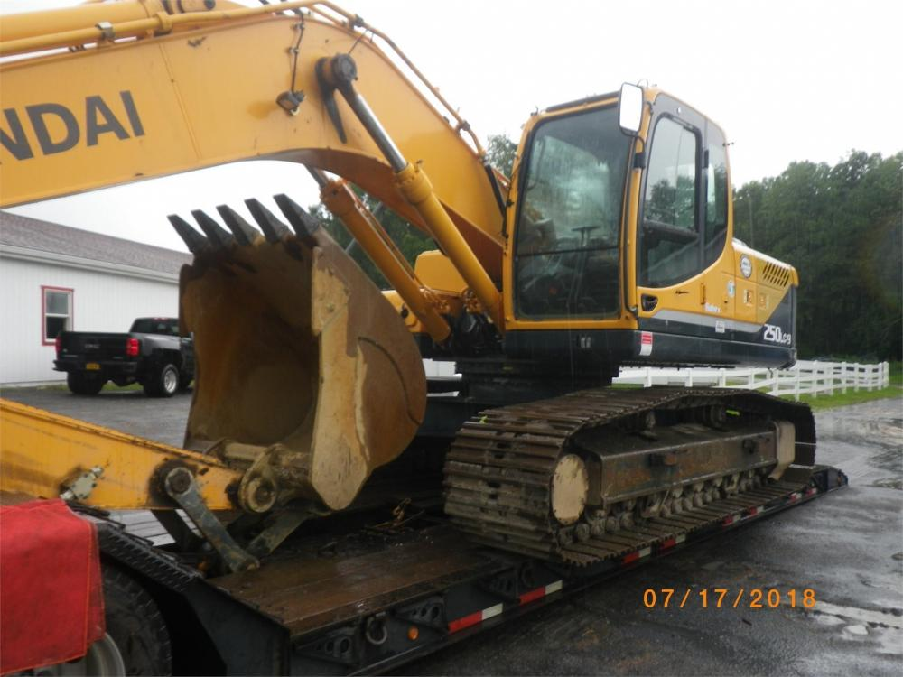 Detail photo of 2013 Hyundai ROBEX 250 LC-9 from Construction Equipment Guide