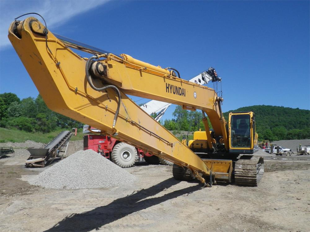 Detail photo of 2012 Hyundai ROBEX 290 LC-9 LR from Construction Equipment Guide