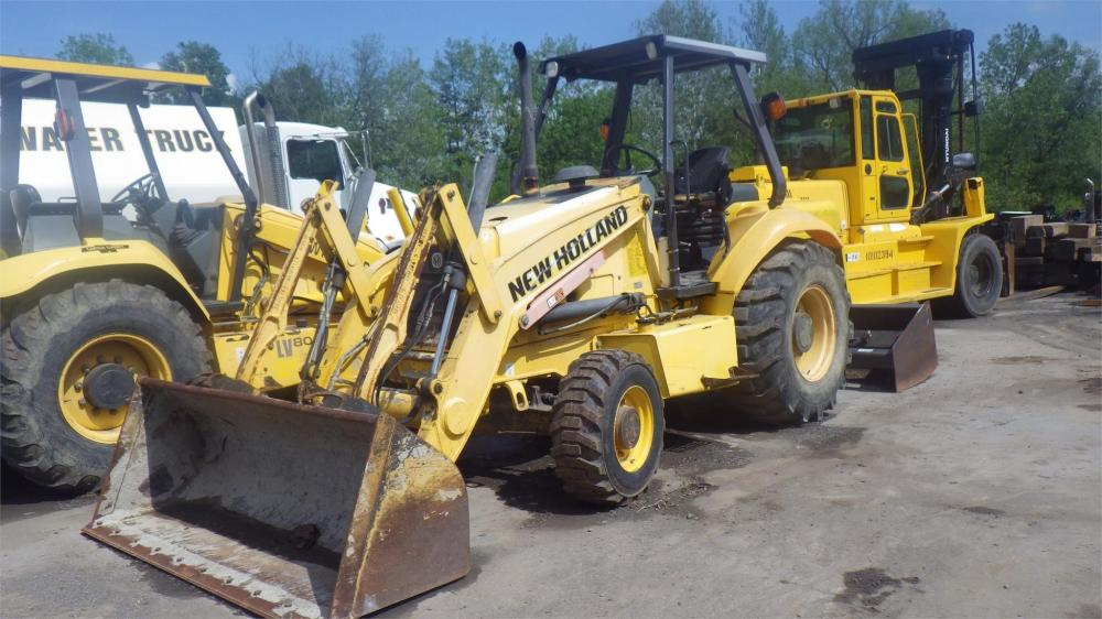 Detail photo of 2008 New Holland U80B from Construction Equipment Guide