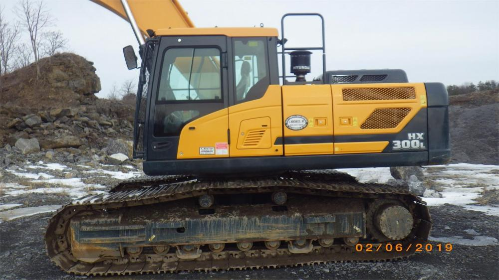 Detail photo of 2016 Hyundai HX300L from Construction Equipment Guide