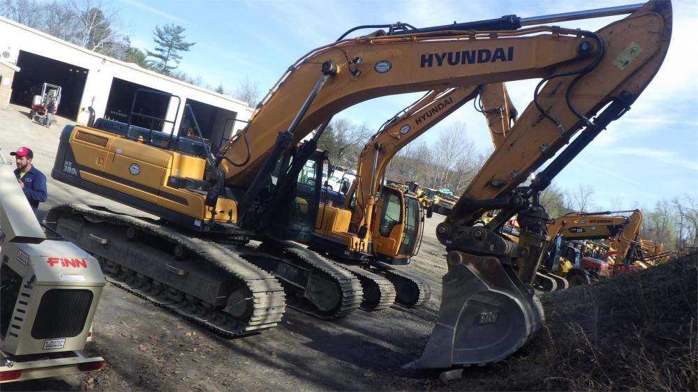 Detail photo of 2016 Hyundai HX380L from Construction Equipment Guide