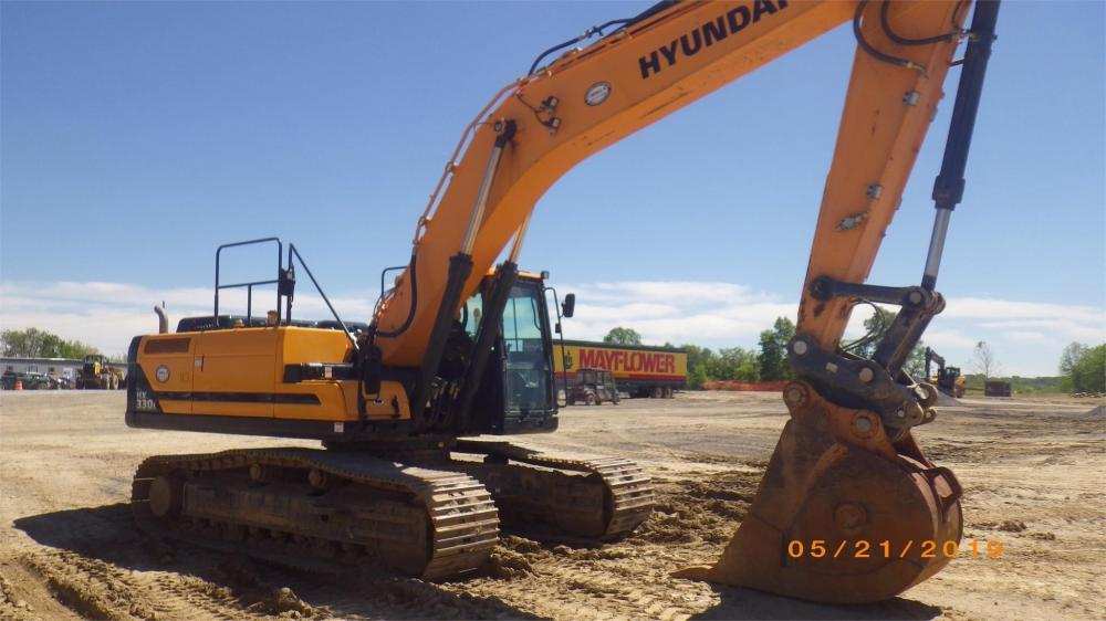 Detail photo of 2018 Hyundai HX330L from Construction Equipment Guide