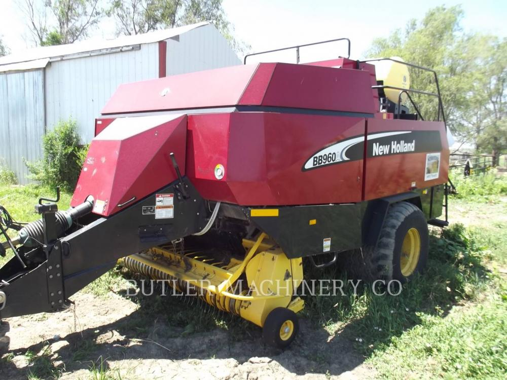 Detail photo of 2004 Ford BB960A from Construction Equipment Guide