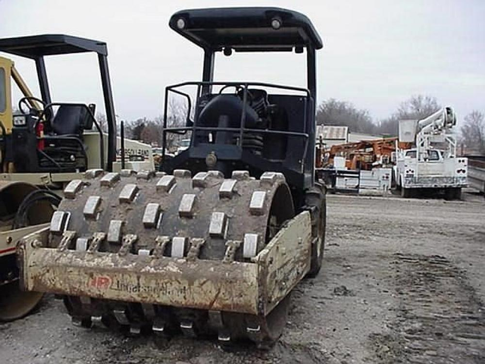 Detail photo of 2002 Ingersoll Rand SD77F from Construction Equipment Guide