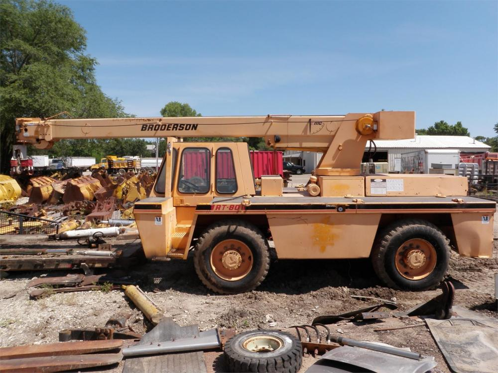 Detail photo of 1996 Broderson RT-80-3C from Construction Equipment Guide