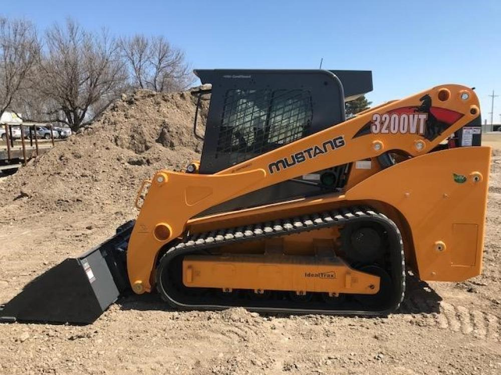 Detail photo of 2018 Mustang 3200VT from Construction Equipment Guide