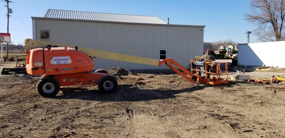 Detail photo of 2011 JLG 460SJ from Construction Equipment Guide