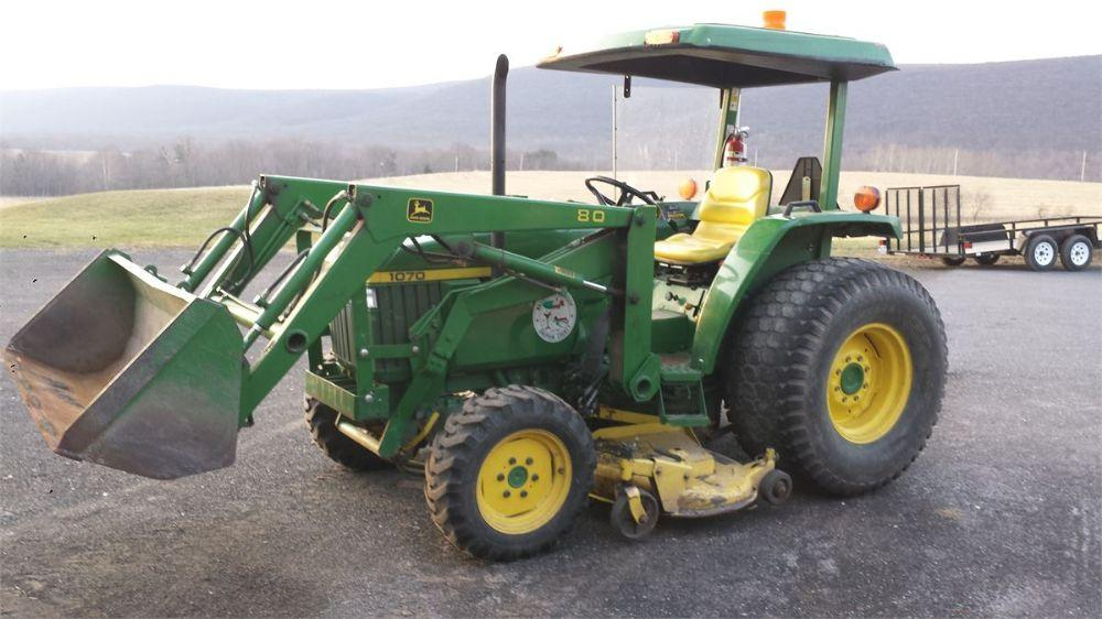 Detail photo of  John Deere 1070 from Construction Equipment Guide