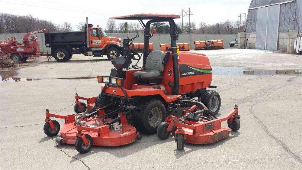 Detail photo of 2006 Jacobsen HR5111 ROTARY WING MOWER from Construction Equipment Guide