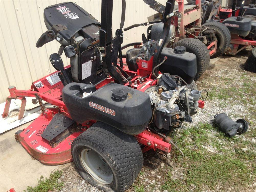 Detail photo of  Gravely PRO-TURN 260 MOWER from Construction Equipment Guide