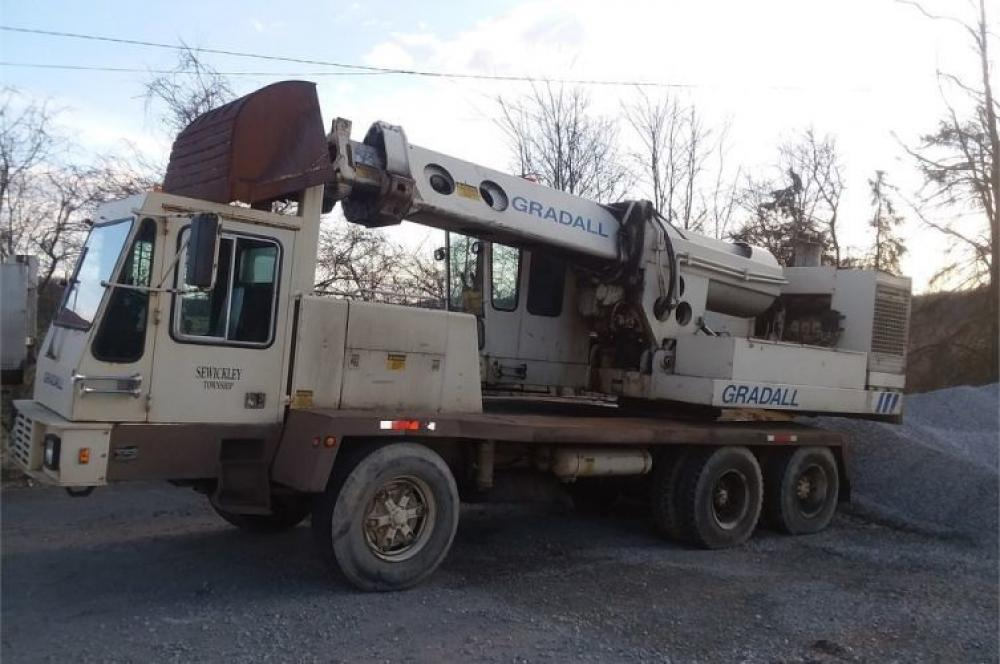 Detail photo of 1987 Gradall G660 from Construction Equipment Guide