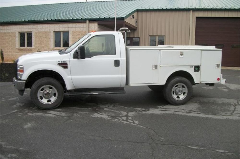 Detail photo of 2008 Ford F-350 from Construction Equipment Guide