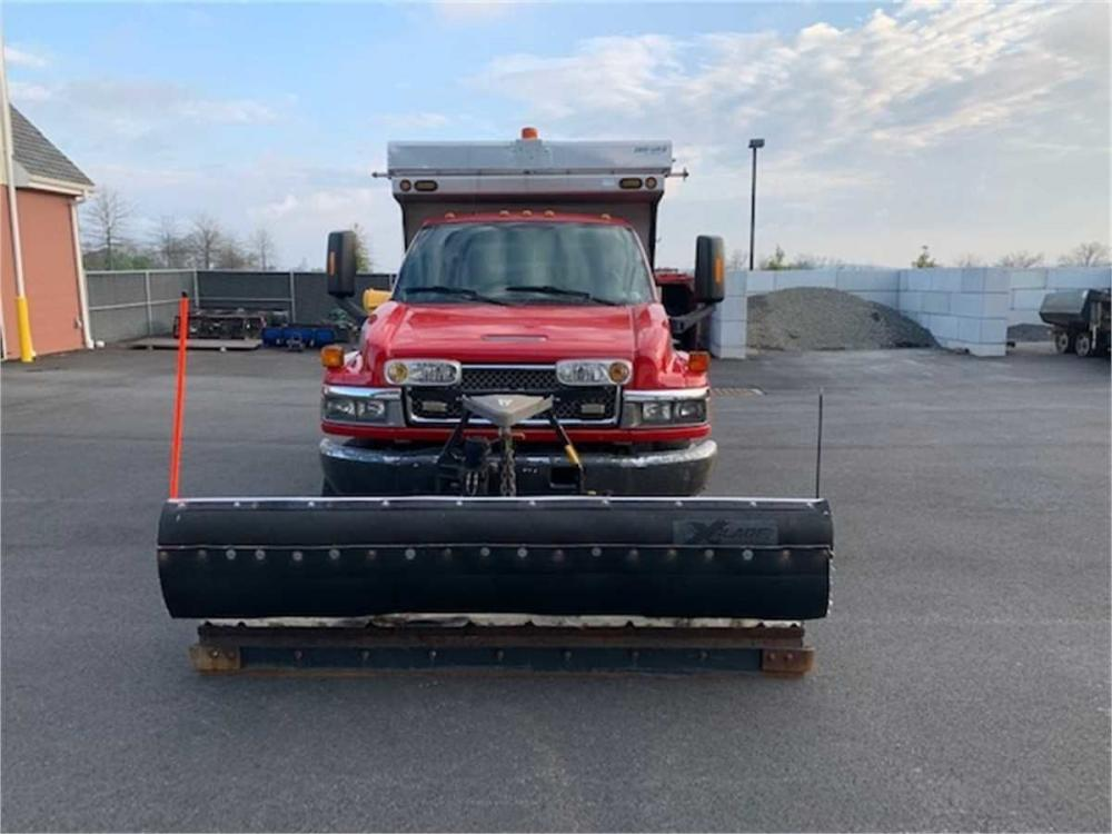 Detail photo of 2007 GMC C5C042 from Construction Equipment Guide