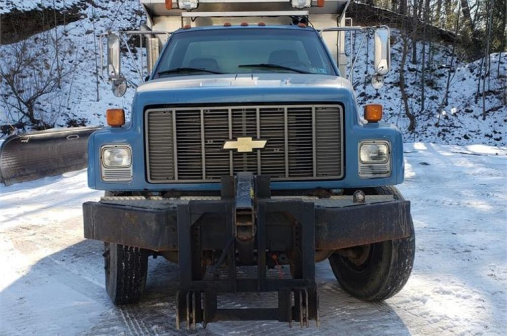 Detail photo of 1997 Chevrolet C7H042 from Construction Equipment Guide