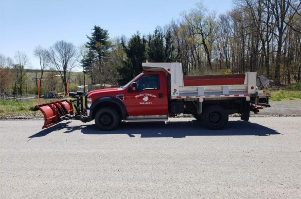 Detail photo of 2009 Ford F-550 from Construction Equipment Guide