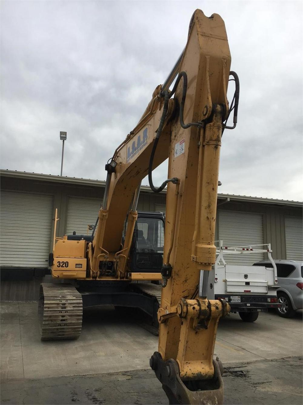 Detail photo of 2014 LiuGong 936D from Construction Equipment Guide