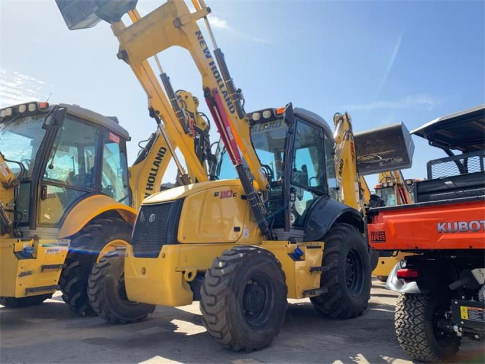 Detail photo of 2017 New Holland B110C from Construction Equipment Guide