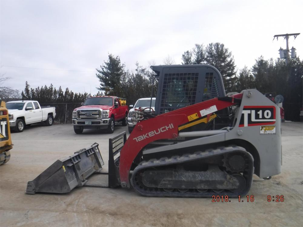 Detail photo of 2013 Takeuchi TL10 from Construction Equipment Guide