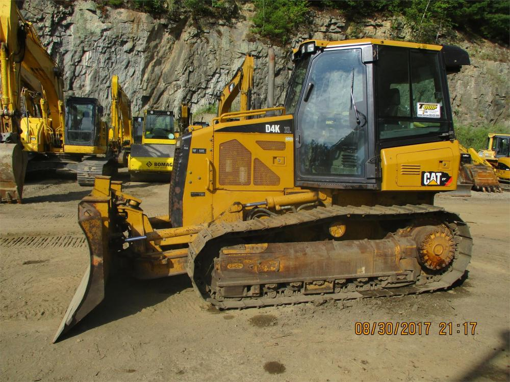 Detail photo of 2009 Caterpillar D4K XL from Construction Equipment Guide