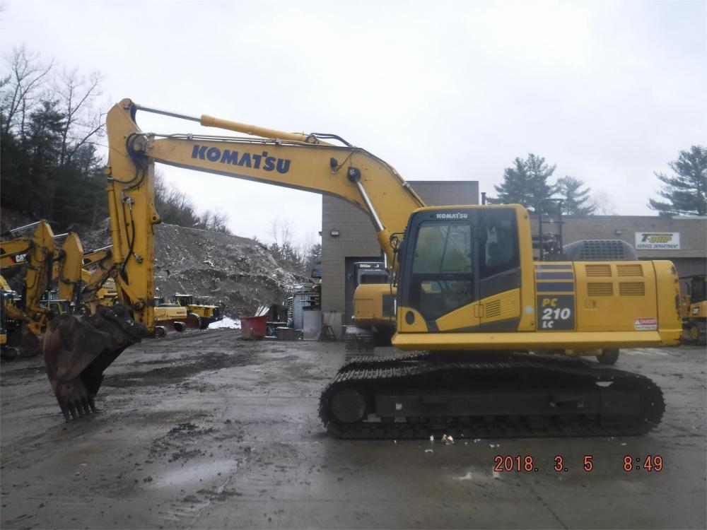 Detail photo of 2013 Komatsu PC210LC-11 from Construction Equipment Guide