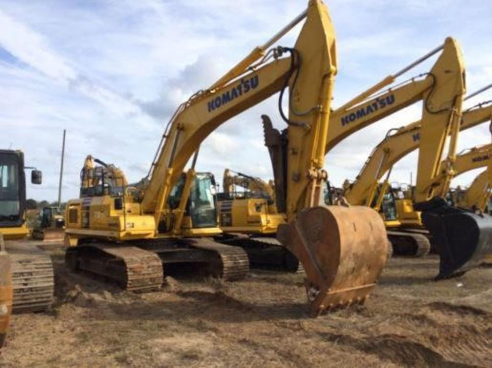 Detail photo of 2016 Komatsu PC360LC-11 from Construction Equipment Guide