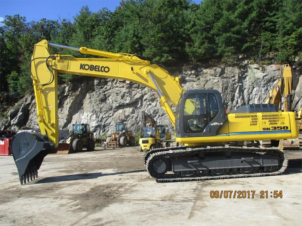 Detail photo of 2011 Kobelco SK350 LC from Construction Equipment Guide