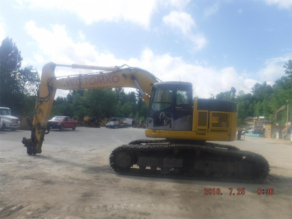Detail photo of 2008 Komatsu PC308USLC-3E0 from Construction Equipment Guide