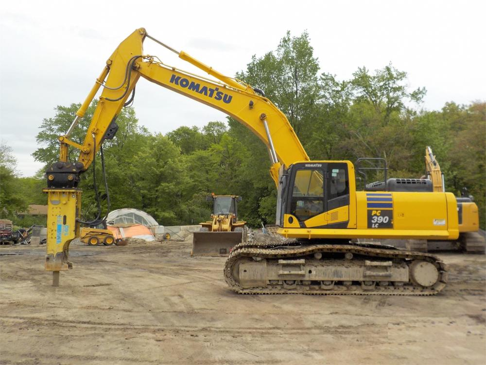 Detail photo of 2012 Komatsu PC390 LC-10 from Construction Equipment Guide