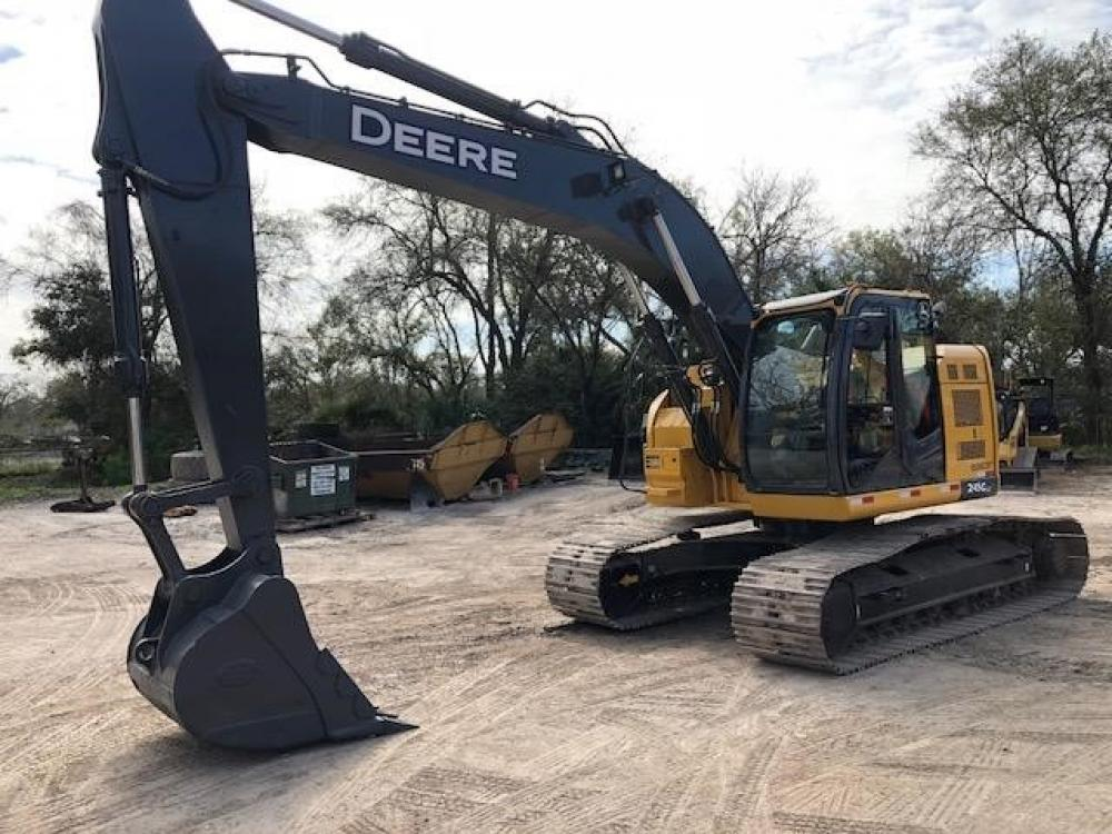 Detail photo of 2015 John Deere 245G LC from Construction Equipment Guide