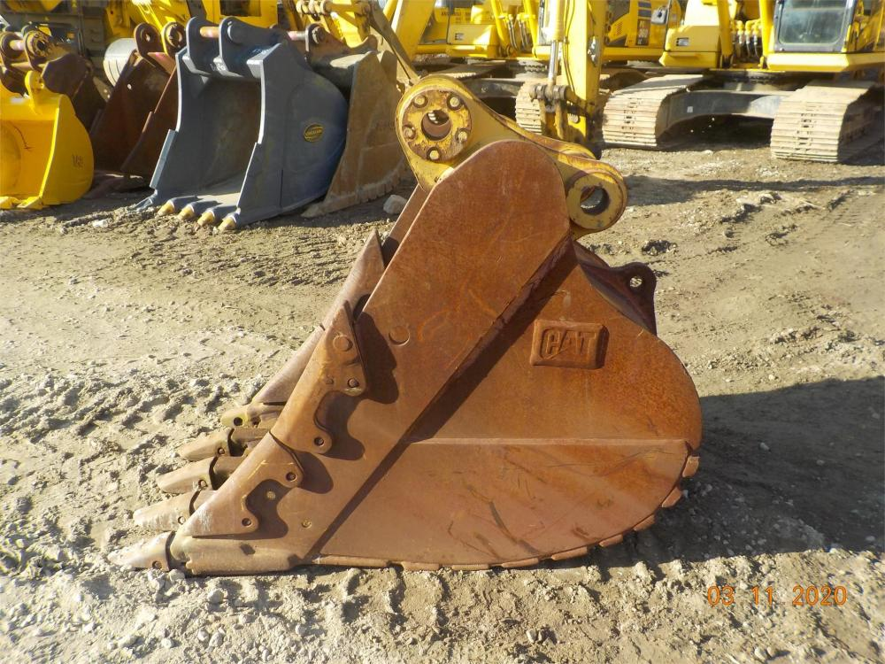 Detail photo of  Caterpillar 36 IN. DIGGING BUCKET from Construction Equipment Guide