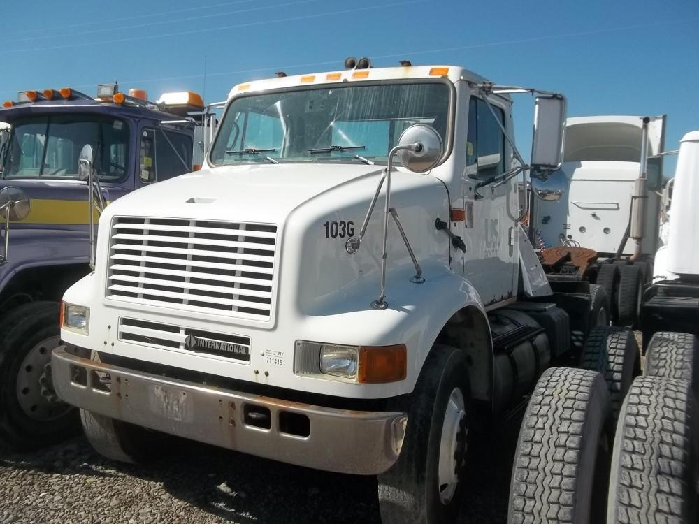 Detail photo of 2003 International 8100 from Construction Equipment Guide
