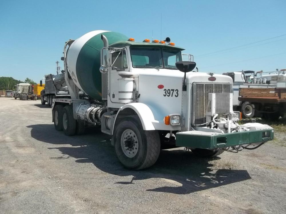 Detail photo of 2004 Peterbilt 357 from Construction Equipment Guide